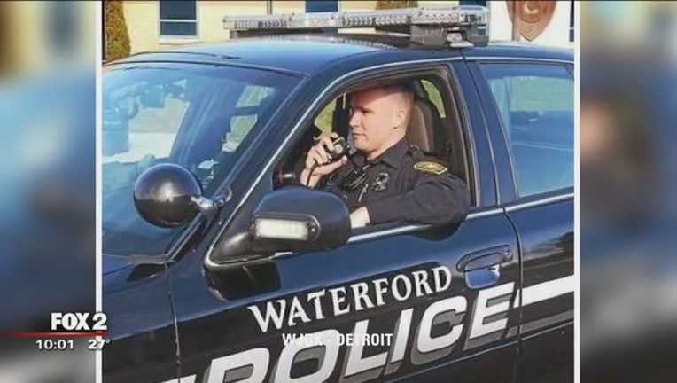 Waterford_police_officer_charged_with_be_0_20170323021339