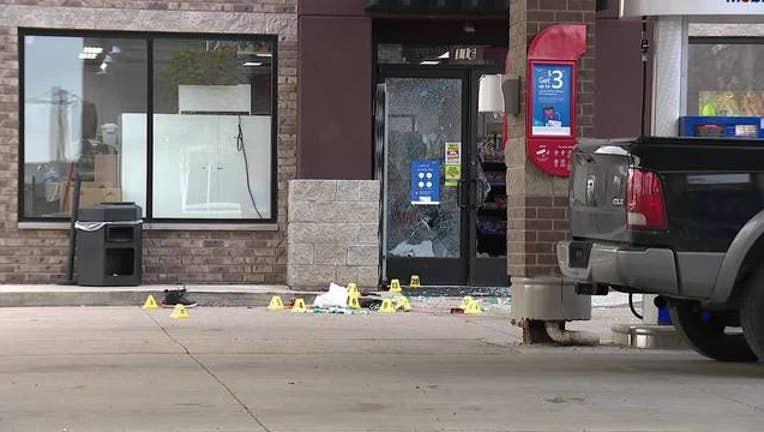 Witness__Gas_station_armed_robber_shot_4_0_20190425022522
