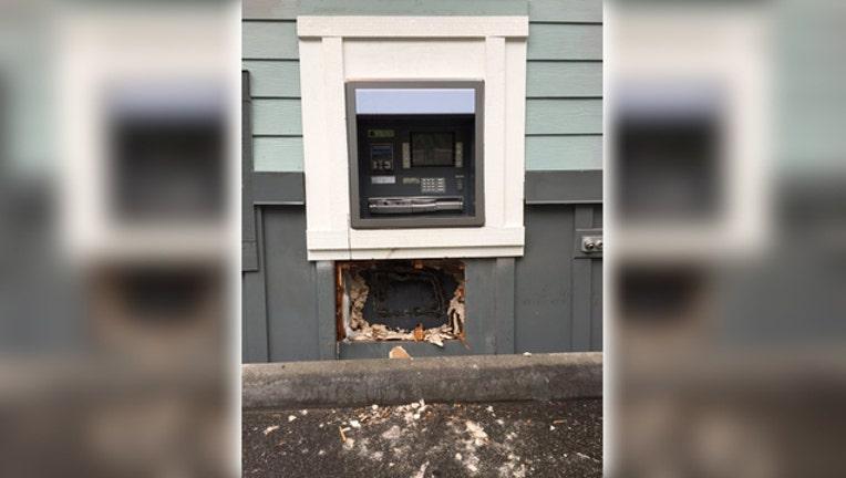 cac8b68d-atm fire theft Everett police dept_1496243227020.jpg