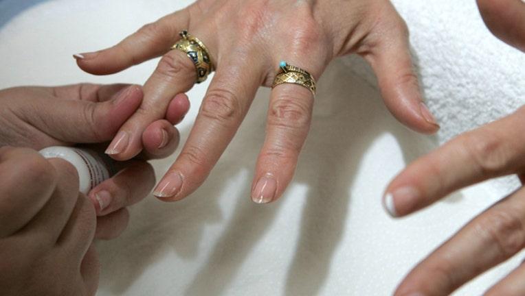 1bd818e1-getty-manicure-010219