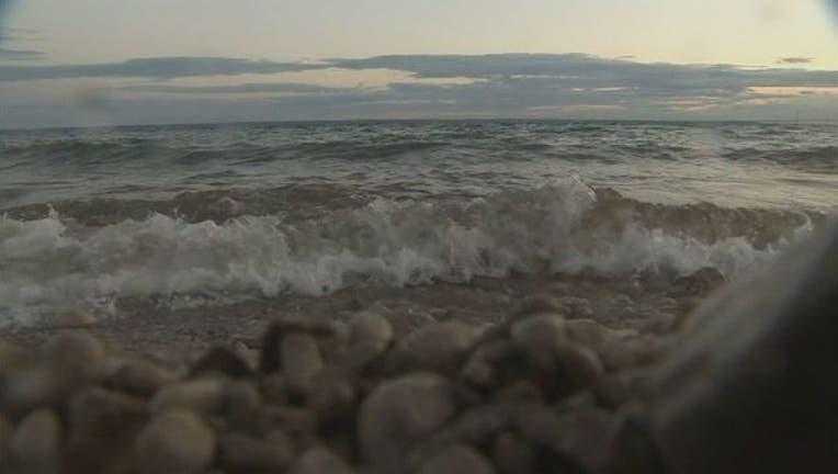 lake michigan water (2)_1498823156984.jpg
