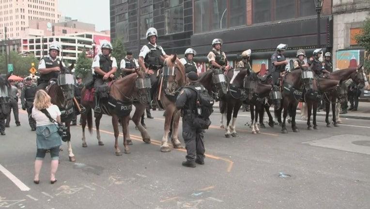 f6d47dc2-police prep for protesters_1469146662790.jpg