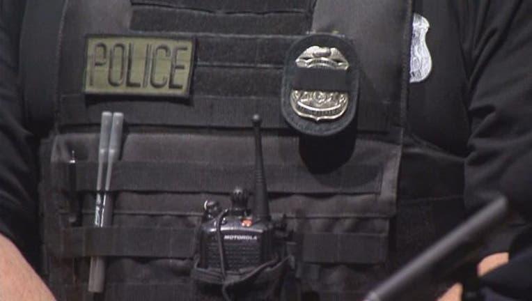 police_vest_body_cam_vest_clean.jpg