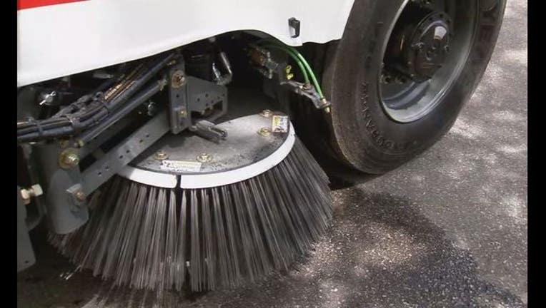 e1c96233-street sweeper clean_1497276354015.JPG