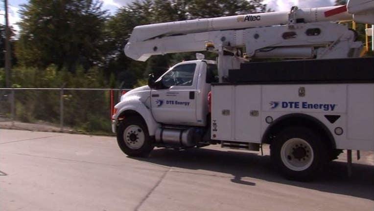 wjbk-dte energy truck-071019_1562786038928.JPG.jpg