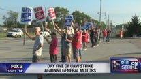 Businesses feeling effects of UAW-GM strike on day five