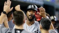 Jiménez's slam helps White Sox crush Tigers 10-1