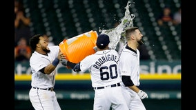 Tigers walk-off 12-11 over AL best Yankees