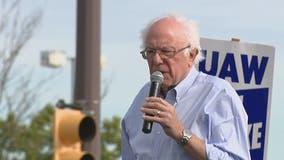 Bernie Sanders visits UAW picket line in Hamtramck