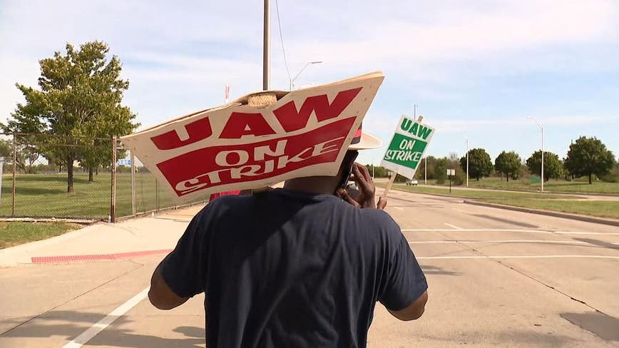 UAW summons high-level union officials for meeting on GM strike