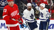 Maple Leafs beat Red Wings 5-2