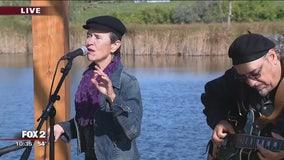Shelia Landis sings on the Fox 2 Gazebo