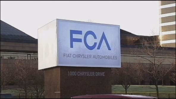 UAW ratifies 4-year contract with Chrysler