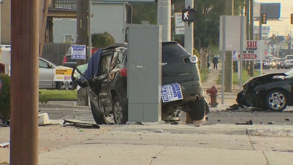 1 killed when SUV crashes into utility pole on Linwood