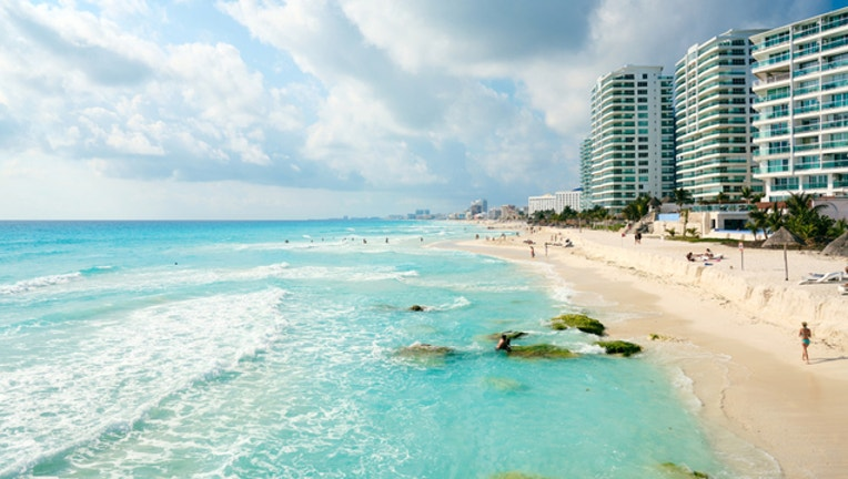 45bbe6af-FLICKR-cancun-mexico_1534961672408-404023.jpg