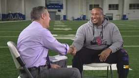 Miller goes one-on-one with Mike Daniels