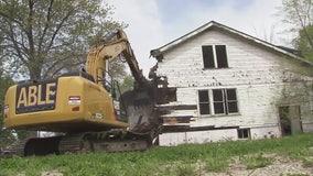 Detroit auditor general report blisters city's demolition program