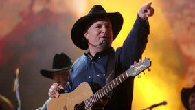 Garth Brooks announces return to Detroit with February show at Ford Field