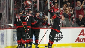 Hurricanes roll to 7-3 win over Red Wings