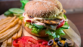 Fast food orders dip after calorie counts appear on menus