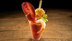 Red Lobster's new Bloody Mary features lobster claw, signature cheddar biscuit to 'spice up new decade'
