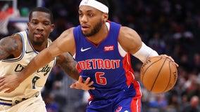 Bucks rout Pistons, 127-103