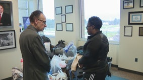 Woman homeless after explosion gets donations from Mayor Fouts and Warren residents