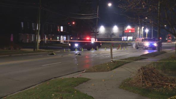 2 hurt when man drives onto sidewalk in Roseville