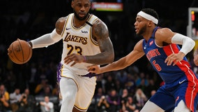 Swat team: Lakers block 20 shots, hold off Pistons 106-99