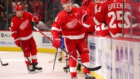 Zadina's late goal lifts Red Wings to 4-3 win over Canadiens