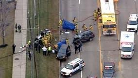 5 vehicle crash closes John R north of Big Beaver