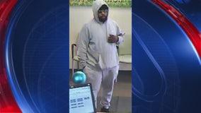 Cops look for man who robbed Huntington bank of $3K in Warren