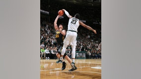 Winston-led, No. 24 Michigan State beats No. 18 Iowa 78-70