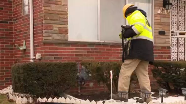 DTE crews go house to house looking for gas leaks this winter