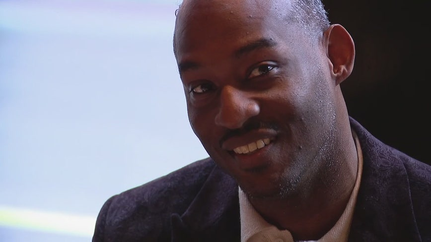 With wrongful conviction overturned 27 years later, man enjoys first meal with family