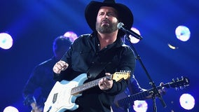 Garth Brooks plans Facebook concert next week – and he's taking requests