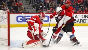 Avalanche win season-high 7th straight, 2-1 over Red Wings
