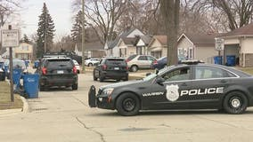 Police say ex-boyfriend not in house in Warren barricaded gunman situation