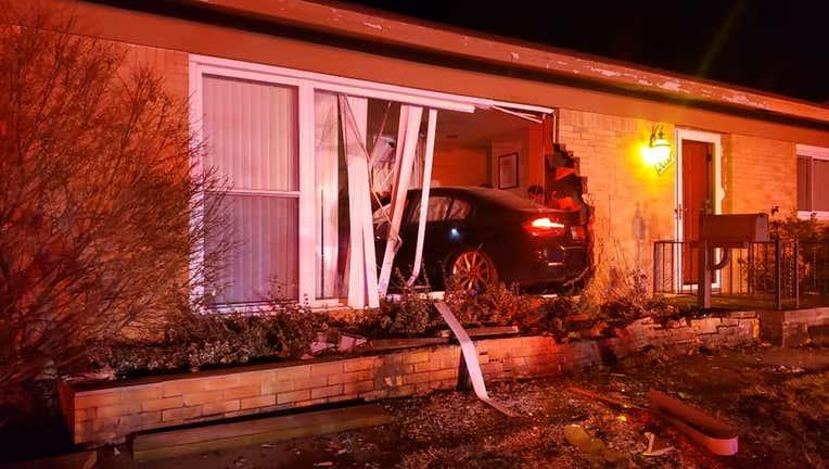 Car crashes into home overnight in Ann Arbor | FOX 2 Detroit