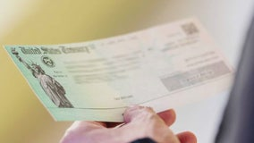 IRS wants money back if stimulus check went to a dead loved one