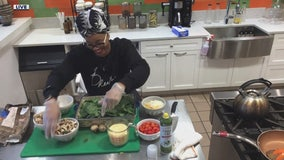 Making vegan breakfast bake with Que