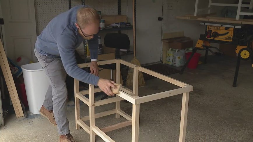 Metro Detroit man makes desks free for children in need to learn from home