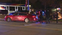 Two Detroit police officers hospitalized when scout car is t-boned on east side
