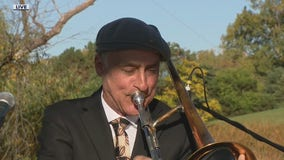 T-Bone Paxton & The RJ Spangler Quartet perform live on the Fox 2 Gazebo