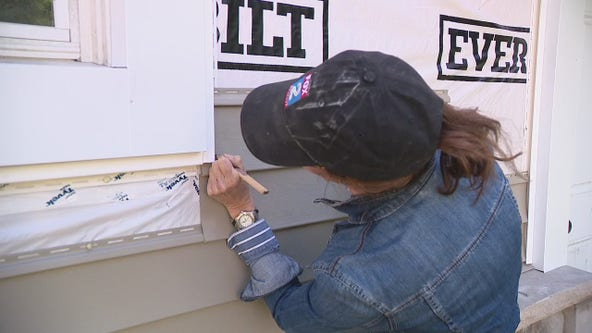 Jill of All Trades cuts vinyl siding pieces