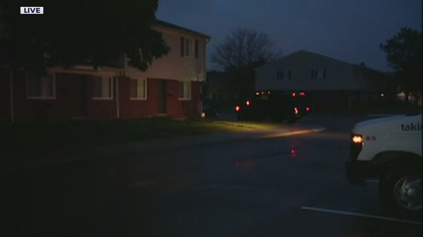 Police monitoring barricaded gunman situation inside Taylor apartment with 1-year-old inside