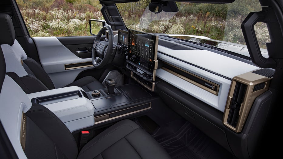 The GMC HUMMER EV's design visually communicates extreme capability, reinforced with rugged architectural details that are delivered with a premium, well-executed and appointed interior.