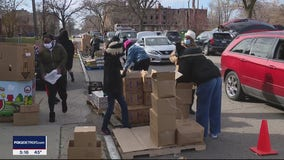 Metro Detroiters line up for food donations as COVID-19 pandemic drags on