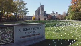 Grosse Pointe church's white flag display honors Michigan COVID-19 victims