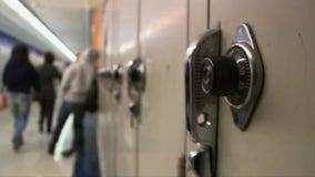 Detroit public schools suspending all in-person classes due to rising COVID-19